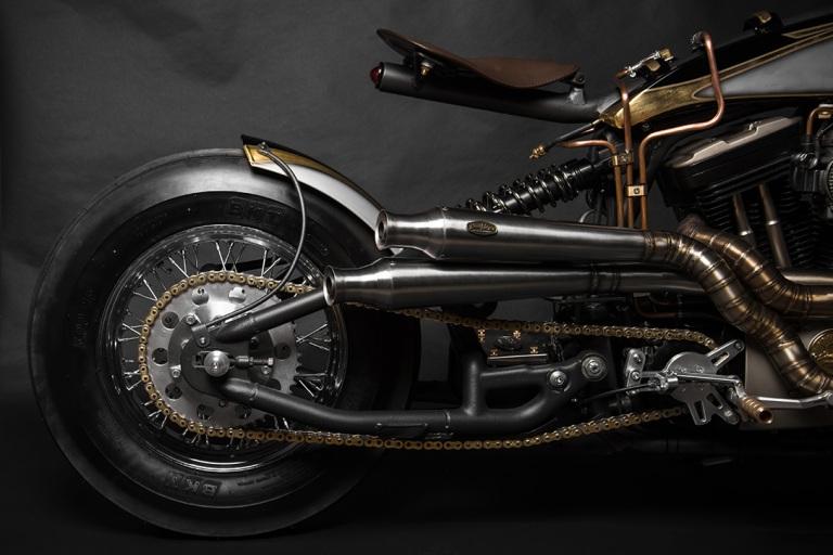 Harley-Davidson-Sportster-883-22Opera22-by-South-Garage-2