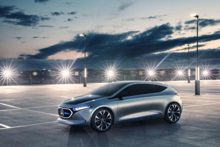 01-mercedes-benz-concept-car-eqa-2560x1707-1280x854