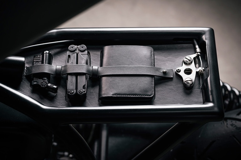 BMW-R100R-Cafe-Racer-By-Vagabund-Moto-6