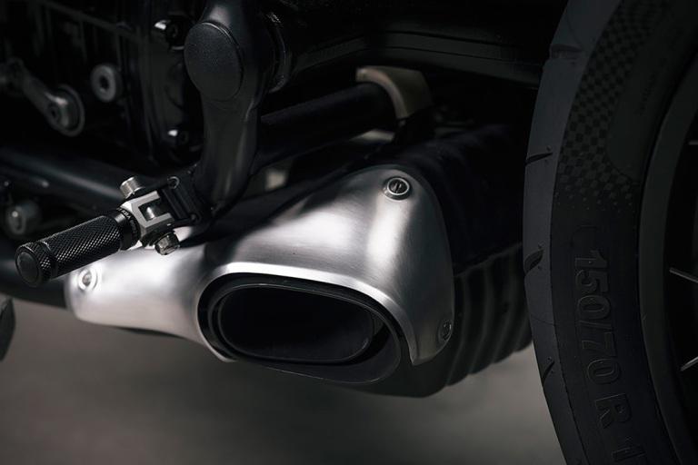 BMW-R100R-Cafe-Racer-By-Vagabund-Moto-8