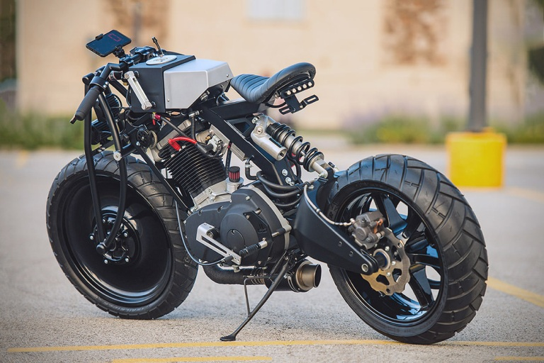 Buell-Blast-Project-2-By-DesmoBIBU-Custom-Cycles-03