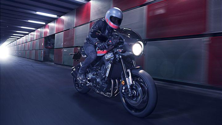Yamaha XSR900 Abarth Cafe Racer 5